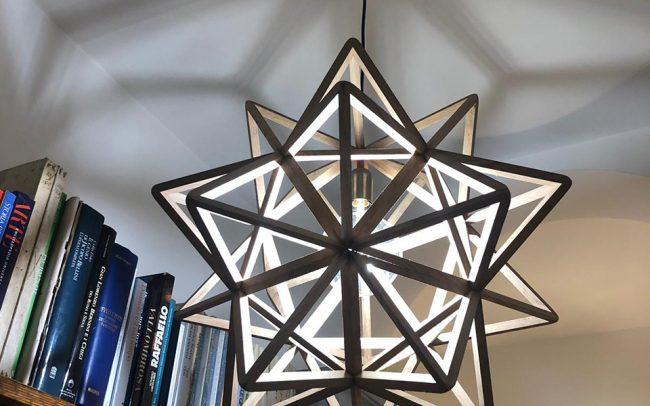 Lampada in legno PANDORA icosaedro stellato - Fulcro Firenze