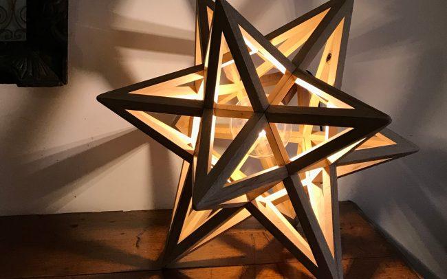 Lampada in legno TRITONE grande icosaedro stellato - Fulcro Firenze